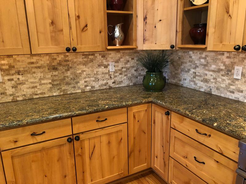 kitchen-stone-backsplash