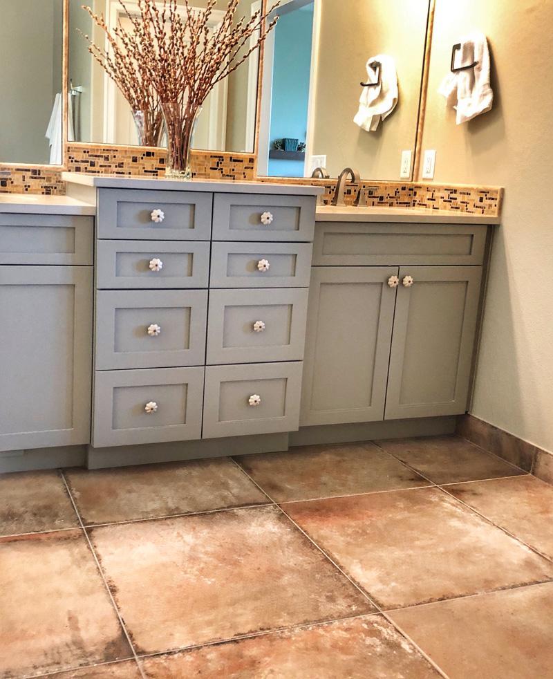 large-tile-bathroom-floor-and-vanity-backsplash