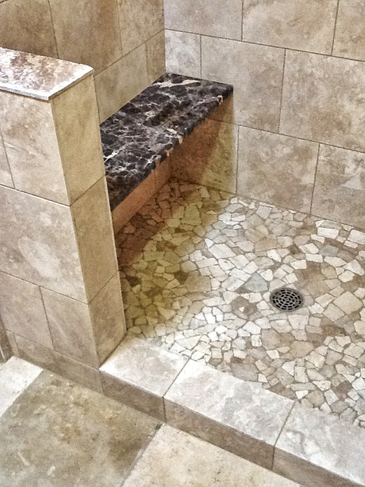 tile-shower-floor-with-marble-bench